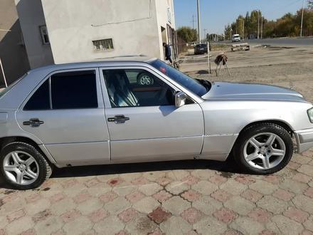 Mercedes-Benz E 230 1992 года за 1 300 000 тг. в Туркестан – фото 6