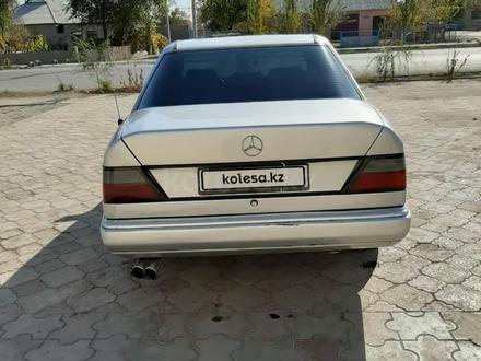 Mercedes-Benz E 230 1992 года за 1 300 000 тг. в Туркестан – фото 7
