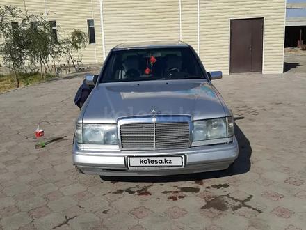 Mercedes-Benz E 230 1992 года за 1 300 000 тг. в Туркестан – фото 8