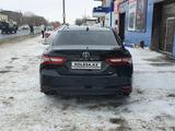 Toyota Camry 2020 года за 18 700 000 тг. в Алматы – фото 4