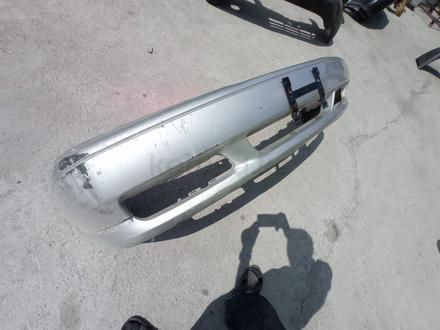 Бампер передний Volvo за 35 000 тг. в Алматы