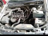 Volkswagen Passat 1993 года за 800 000 тг. в Семей – фото 4