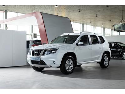 Nissan Terrano Tekna 2.0 4WD AT 2021 года за 10 202 760 тг. в Шымкент