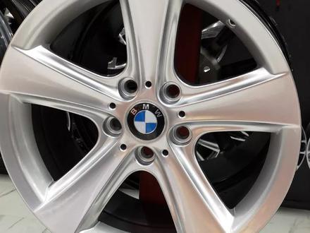 Комплект новых дисков r17 5*120 на BMW за 140 000 тг. в Петропавловск