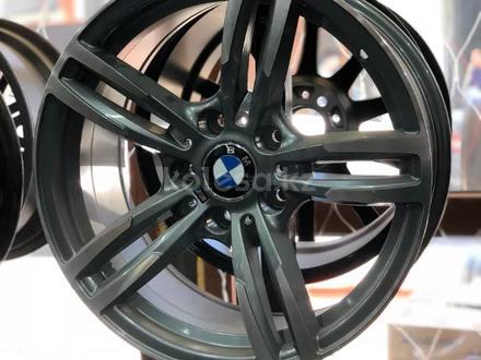 Комплект новых дисков r17 5*120 на BMW за 140 000 тг. в Петропавловск – фото 2