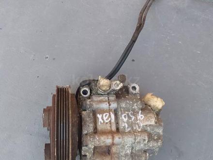 Компрессор кондиционера мазда кседос 6 за 444 тг. в Костанай