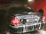 Mercedes-Benz S 320 2000 года за 2 900 000 тг. в Усть-Каменогорск – фото 2