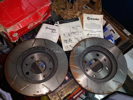 Диски тормозные передние на ВАЗ 2110.2111.2112 BREMBO за 30 000 тг. в Семей – фото 3