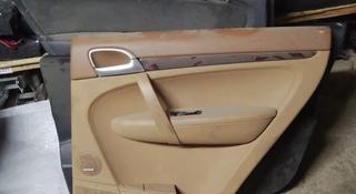 Обшивка задней правой двери на Porsche Cayenne 955 957 за 15 000 тг. в Алматы