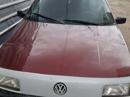 Volkswagen Passat 1991 года за 600 000 тг. в Нур-Султан (Астана) – фото 4