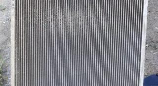 Радиатор охлаждения двигателя за 10 000 тг. в Костанай