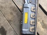 Подушки безопасности подколенные Lexus gs450h за 20 000 тг. в Алматы – фото 4