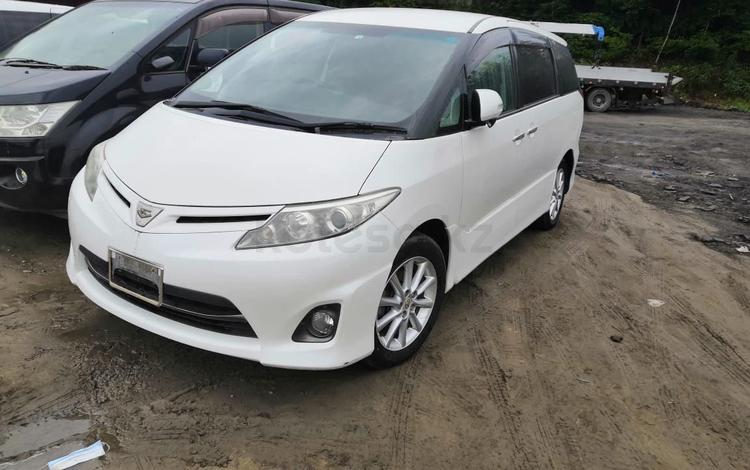 Toyota Estima 2010 года за 3 550 000 тг. в Усть-Каменогорск