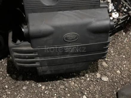 Корпус воздушного фильтра на Фрилендер 2.5 литра за 16 000 тг. в Караганда
