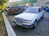 Mercedes-Benz E 200 1992 года за 1 700 000 тг. в Петропавловск