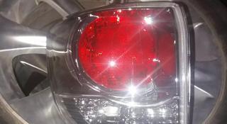 Задние фонари на Toyota Fortuner за 30 000 тг. в Алматы