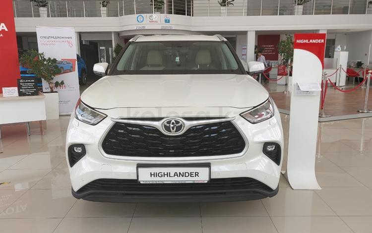 Toyota Highlander 2021 года за 29 300 000 тг. в Актобе