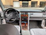 Mercedes-Benz E 240 1999 года за 2 800 000 тг. в Павлодар – фото 3