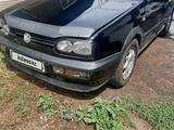 Volkswagen Golf 1995 года за 1 500 000 тг. в Алматы