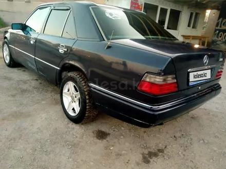 Mercedes-Benz E 280 1994 года за 1 400 000 тг. в Жанакорган