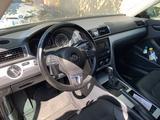 Volkswagen Passat 2012 года за 4 200 000 тг. в Атырау – фото 2