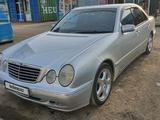 Mercedes-Benz E 280 2001 года за 4 500 000 тг. в Нур-Султан (Астана) – фото 2