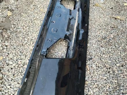 Задняя крышка багажника багажник lexus 570 за 100 000 тг. в Алматы – фото 2