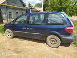 Chrysler Voyager 2002 года за 900 000 тг. в Уральск – фото 2