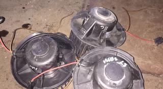 Моторчик печки на Фольксваген Гольф 3 за 1 000 тг. в Караганда