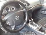 Mercedes-Benz E 240 2004 года за 3 500 000 тг. в Атырау – фото 3