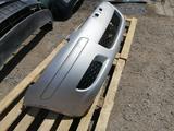 Бампер (передний) на Toyota Yaris за 50 000 тг. в Караганда – фото 3