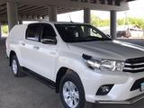 Toyota Hilux 2018 года за 14 200 000 тг. в Алматы – фото 2