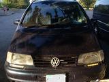 Volkswagen Sharan 1999 года за 2 300 000 тг. в Караганда