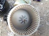 Б/у оригинальный моторчик печки для TOYOTA RAV 4 за 28 000 тг. в Актобе – фото 3