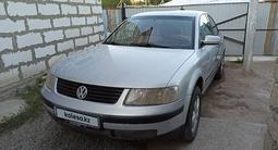 Volkswagen Passat 1997 года за 1 600 000 тг. в Актобе – фото 4