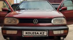 Volkswagen Golf 1993 года за 1 300 000 тг. в Алматы