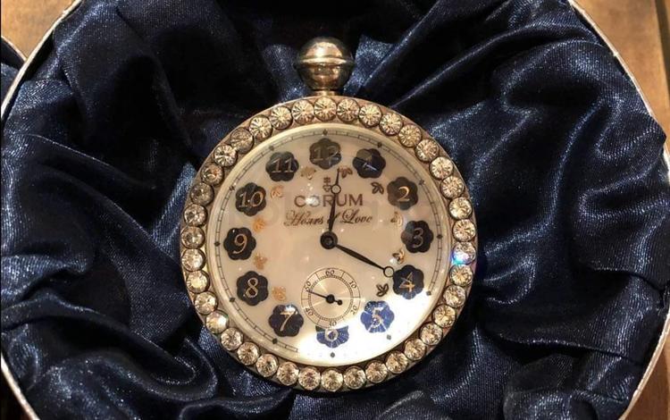 Швейцарские часы Corum 1990 в Алматы