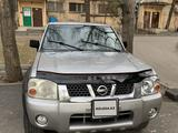 Nissan NP300 2004 года за 4 500 000 тг. в Алматы