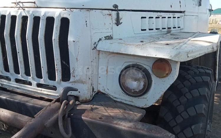 Урал  4320 1993 года за 1 600 000 тг. в Актобе