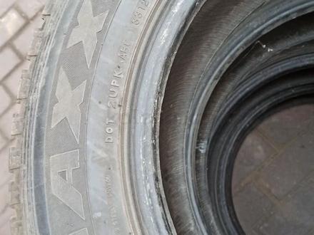Резина зимняя 225/65/R17 за 60 000 тг. в Алматы – фото 3