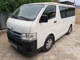 Toyota HiAce 2012 года за 7 500 000 тг. в Жезказган