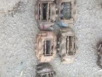 Суппорт тормозной на Тойота Секвойя за 18 000 тг. в Караганда
