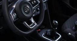Volkswagen Polo 2018 года за 5 300 000 тг. в Актобе – фото 4