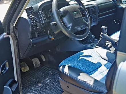 Land Rover Discovery 2003 года за 4 600 000 тг. в Уральск – фото 7
