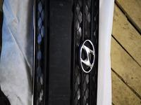 Решетка бампера Hyundai Accent за 25 000 тг. в Кокшетау
