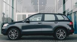 Volkswagen Touareg 2012 года за 11 730 000 тг. в Алматы – фото 5