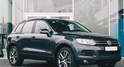 Volkswagen Touareg 2012 года за 11 730 000 тг. в Алматы – фото 3