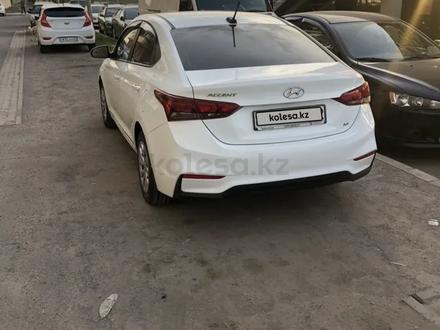 Hyundai Accent 2018 года за 5 800 000 тг. в Алматы – фото 3