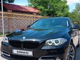 BMW 520 2014 года за 11 000 000 тг. в Алматы