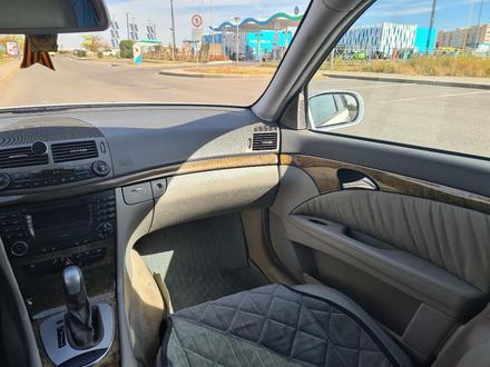 Mercedes-Benz E 350 2005 года за 3 500 000 тг. в Нур-Султан (Астана) – фото 9